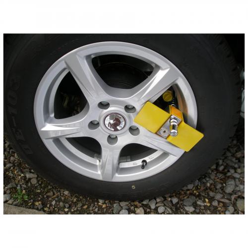 Milenco Compact C Wheel Clamp 2
