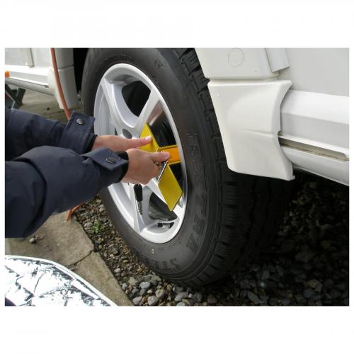 Milenco Compact C Wheel Clamp 7